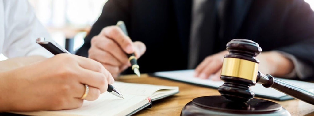 Commercial & Civil Legal Services lawyer in uae