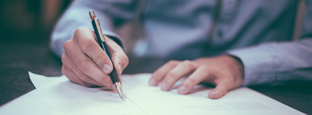 top contract drafting lawyers in uae